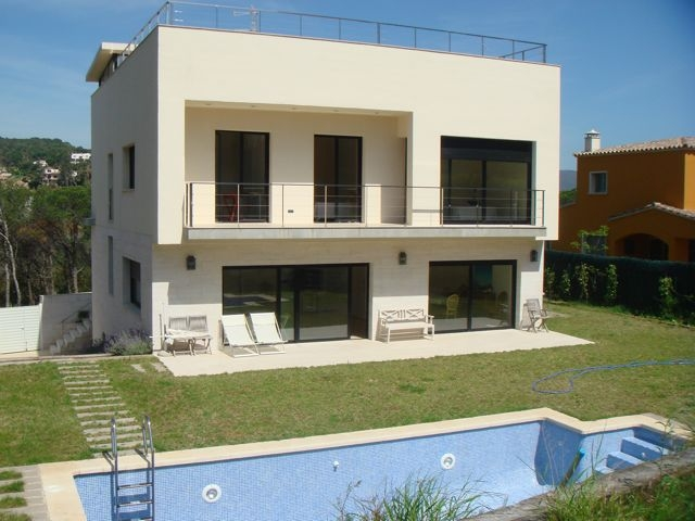 De chalets modernos simple exterior chalet sitges with de chalets modernos best beautiful daya - Fotos chalets modernos ...
